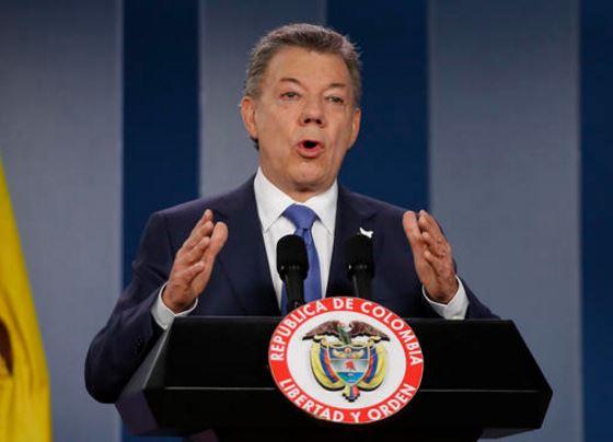 Suspende Santos viaje a Quito de negociadores de paz con ELN