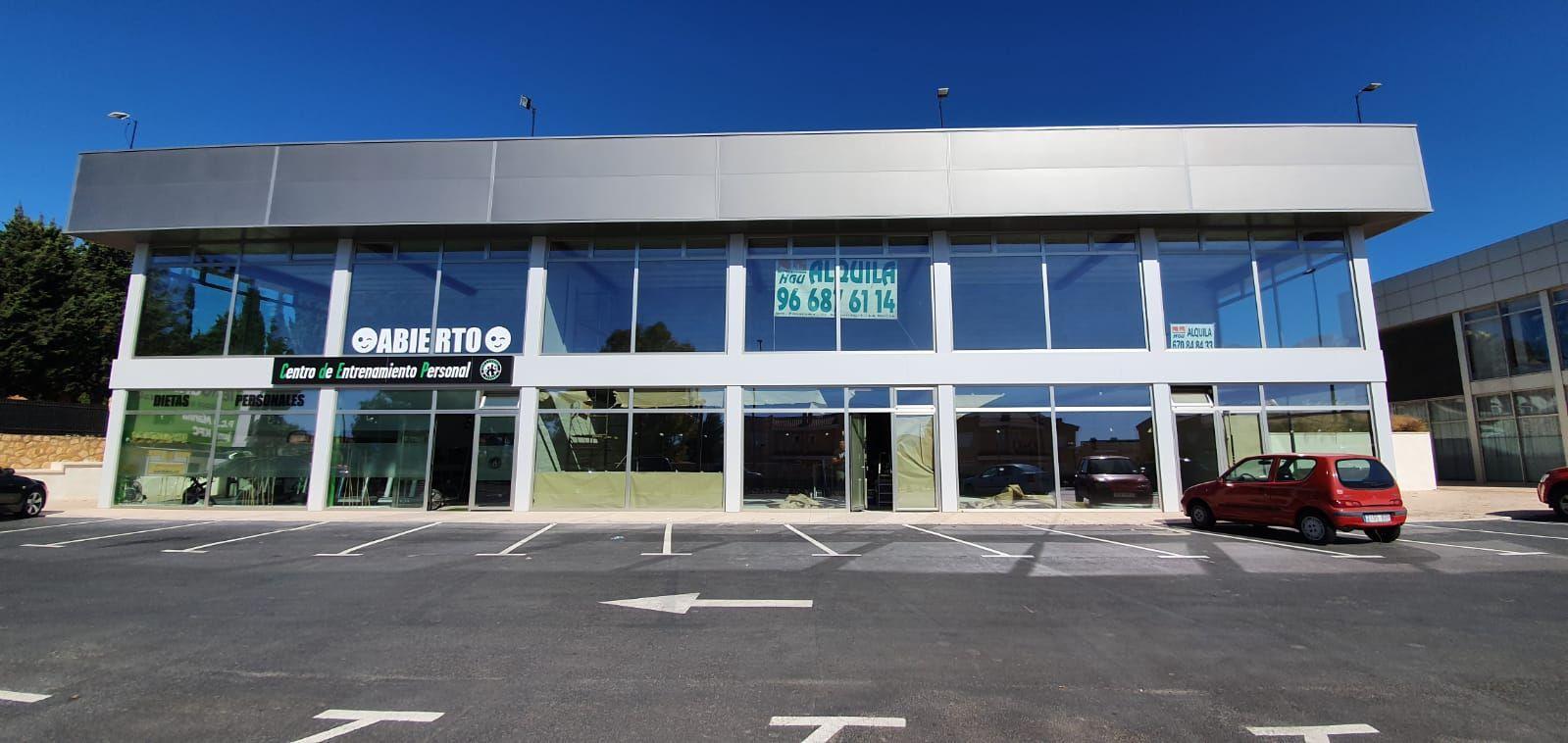 Local comercial en La Nucia, CV70 Benidorm - La Nucia, alquiler