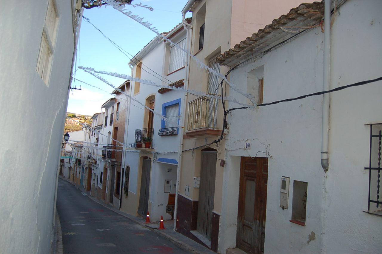 Casa de pueblo en Tàrbena, Centro Urbano, venta