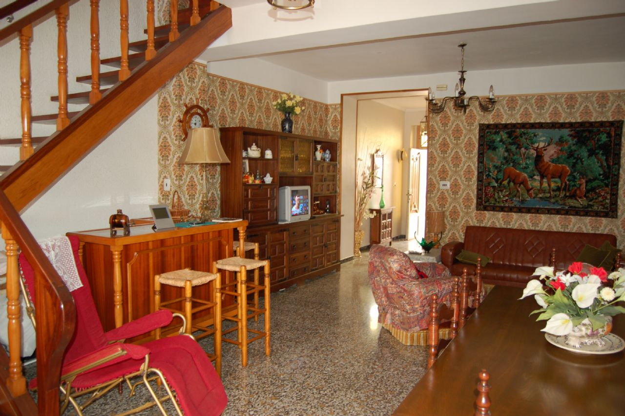 Town House in Tàrbena, for sale