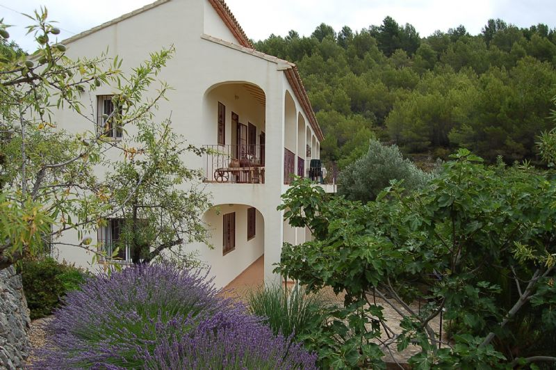 Country House in Tàrbena, Rural, for sale