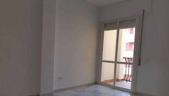 Apartamento en Aguadulce de 2 habitaciones