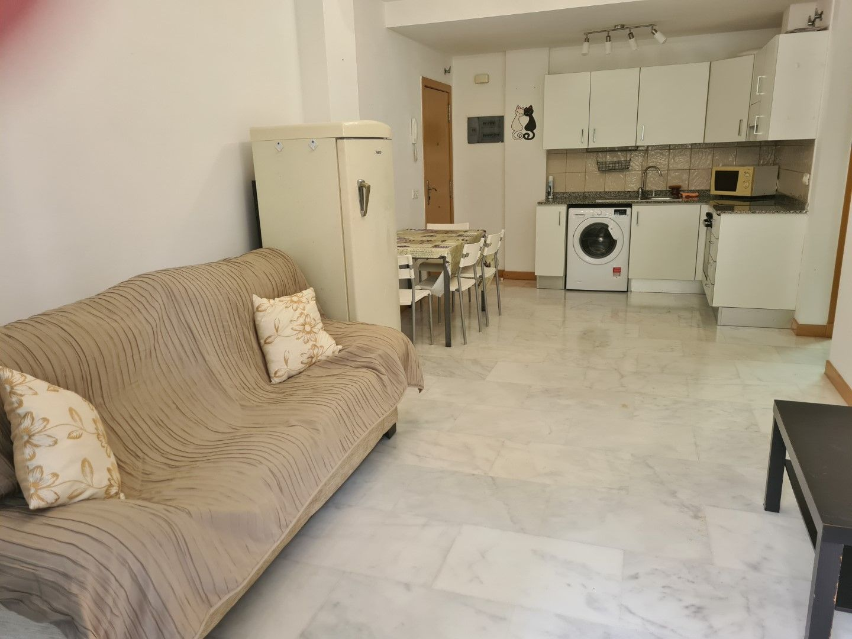 Apartment in La Caleta, Neptuno, for rent