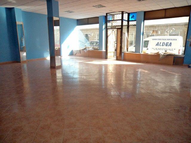 Winkelruimte in Ávila, Norte, te huur