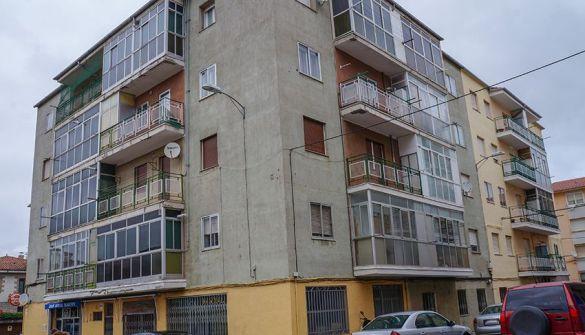 Local comercial en Ávila de 2 habitaciones