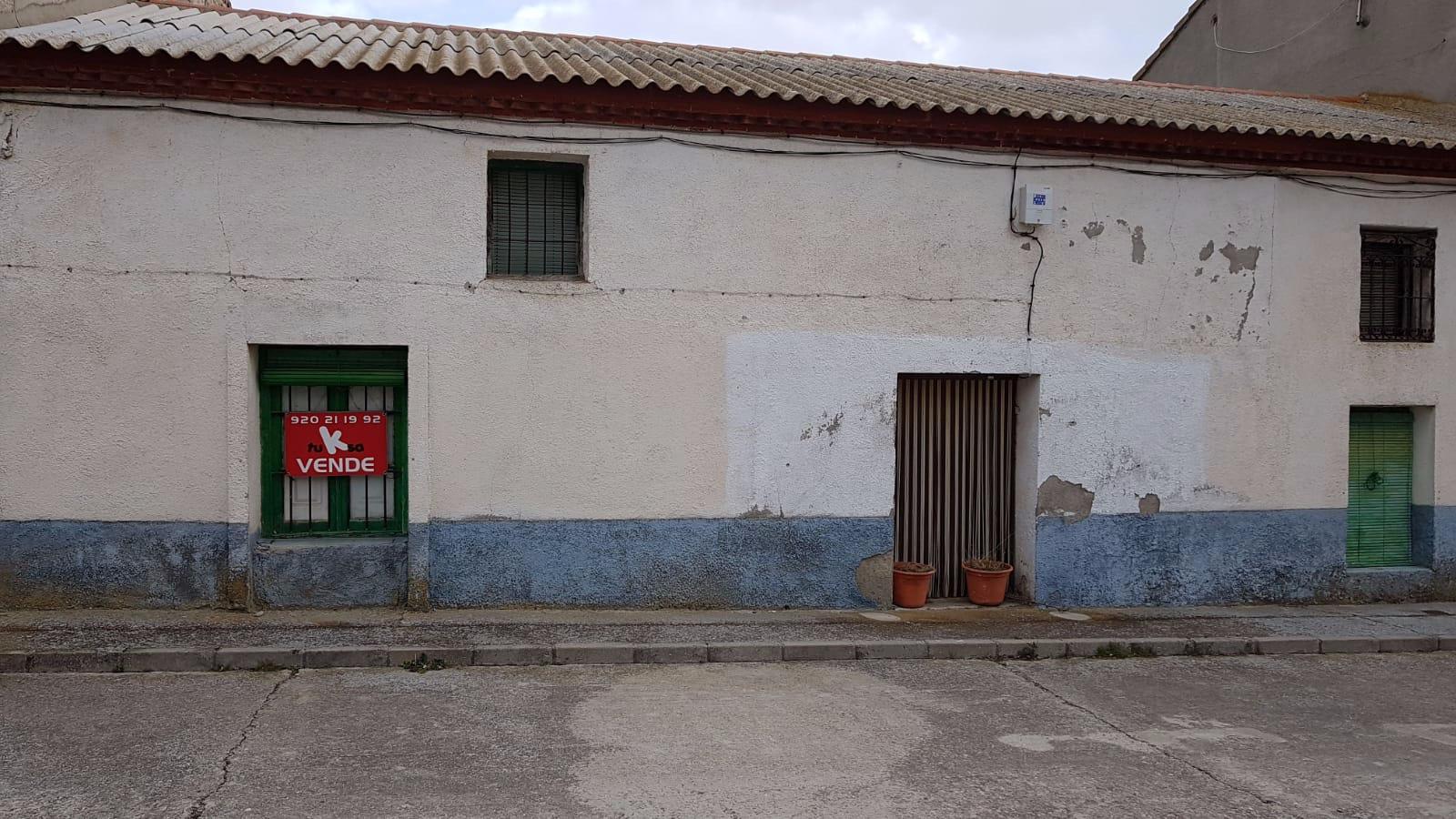 Casa de pueblo en Ávila, venta