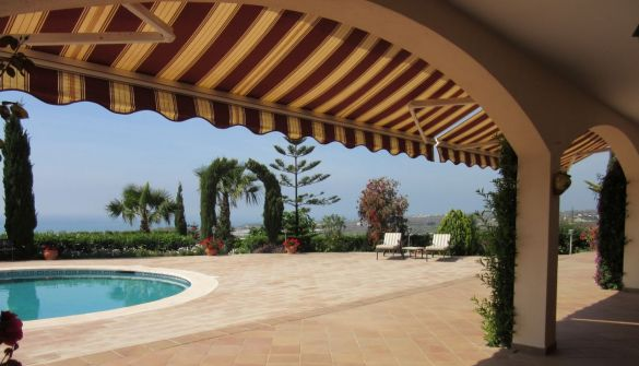 Luxury Villa in Almayate Alto, alto, for sale