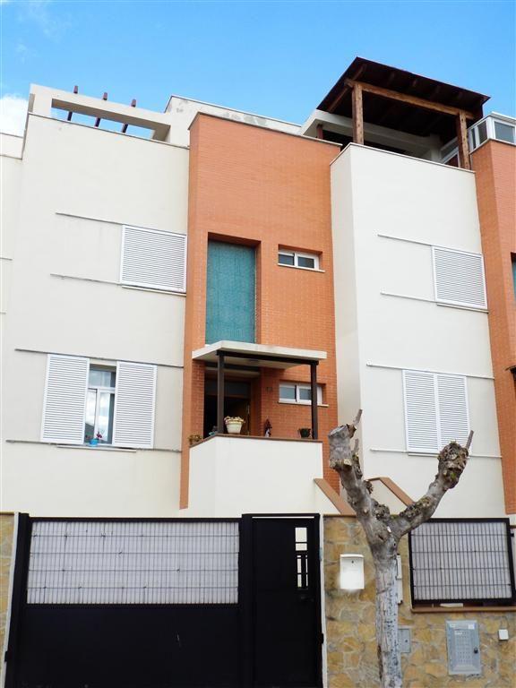 Terraced House in Caleta de Vélez, Baviera Golf, for sale