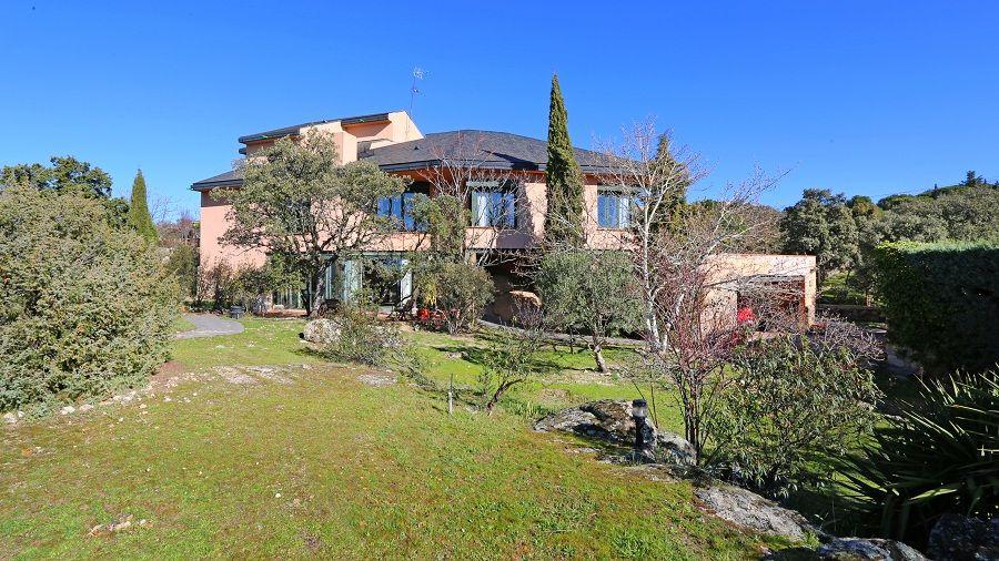 Villa in Torrelodones, La Berzosilla, for sale