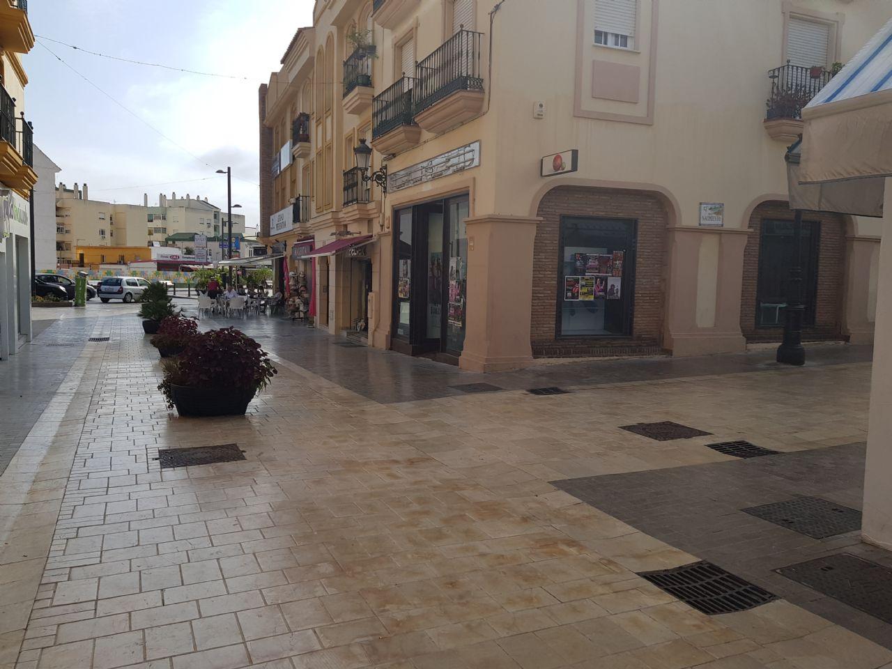 Local comercial en Benalmádena, Arroyo de la Miel, venta