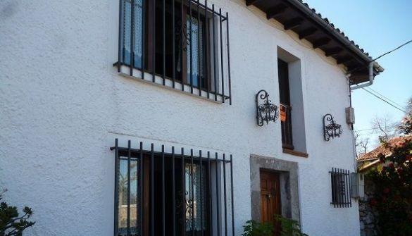 Casa adosada en Navès de 4 habitaciones