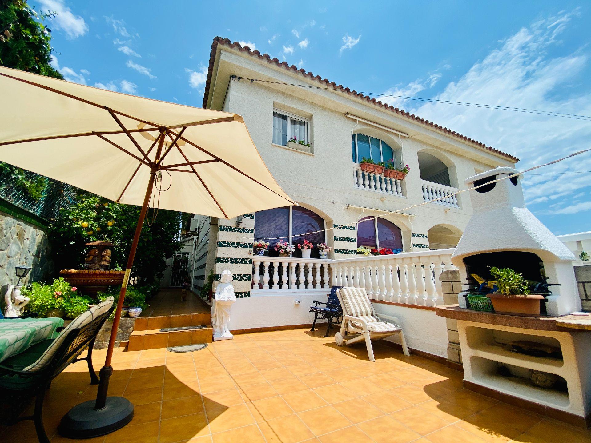 Casa adosada en Cambrils, Vilafortuny, venta