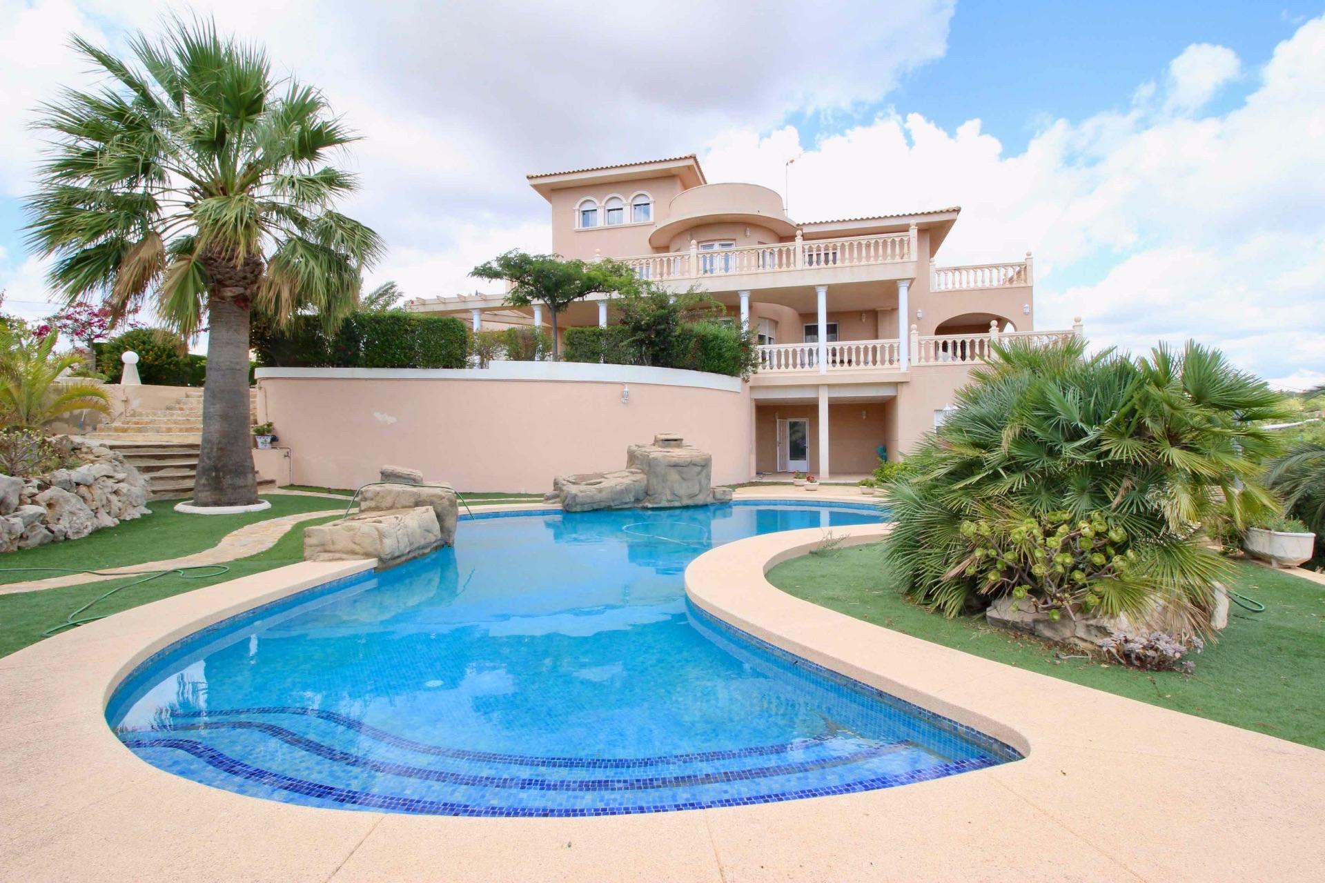 Villa in Benidorm, Parques Temáticos, for sale