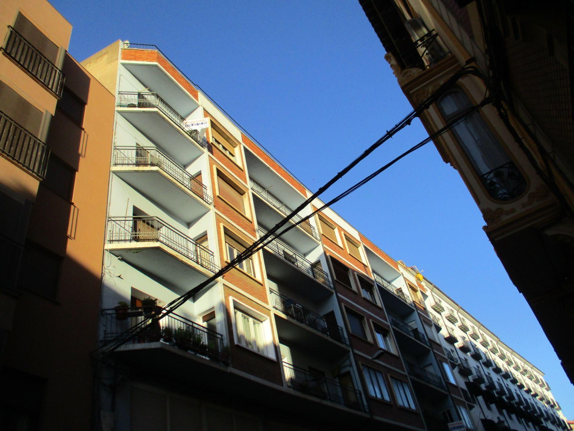Piso en Teruel, Centro, venta