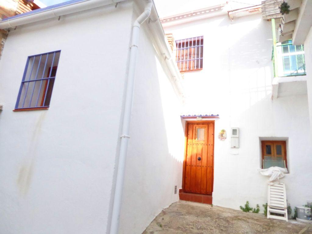 Town House in Viñuela, Viñuela, for sale