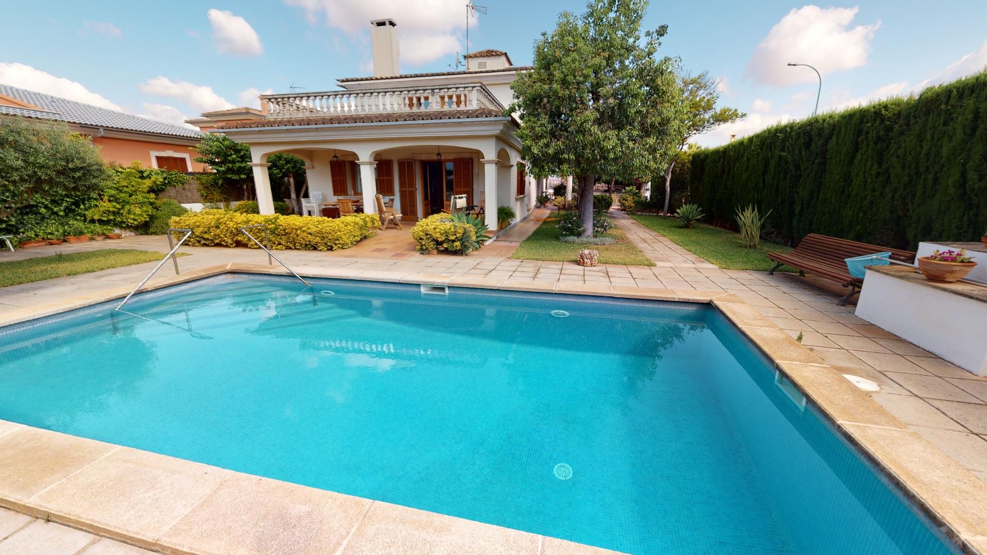 Villa in Marratxí, urb sa cabana, for sale