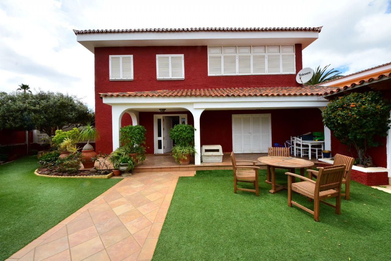 Casa / Chalet en San Cristóbal de La Laguna, Guajara Alta, venta