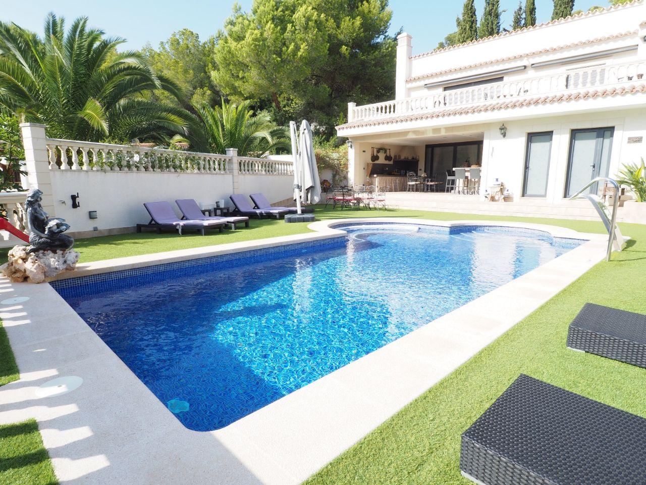 Villa i Calviá, Costa de la Calma, till salu