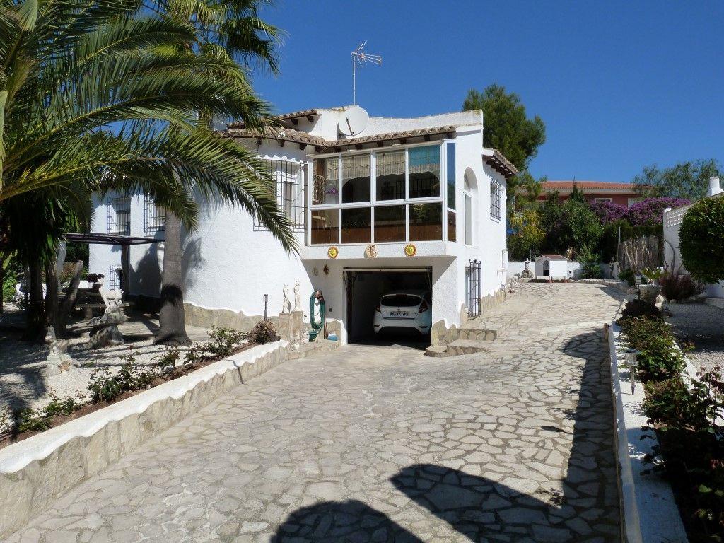 Villa in Benissa, Carrio, for sale