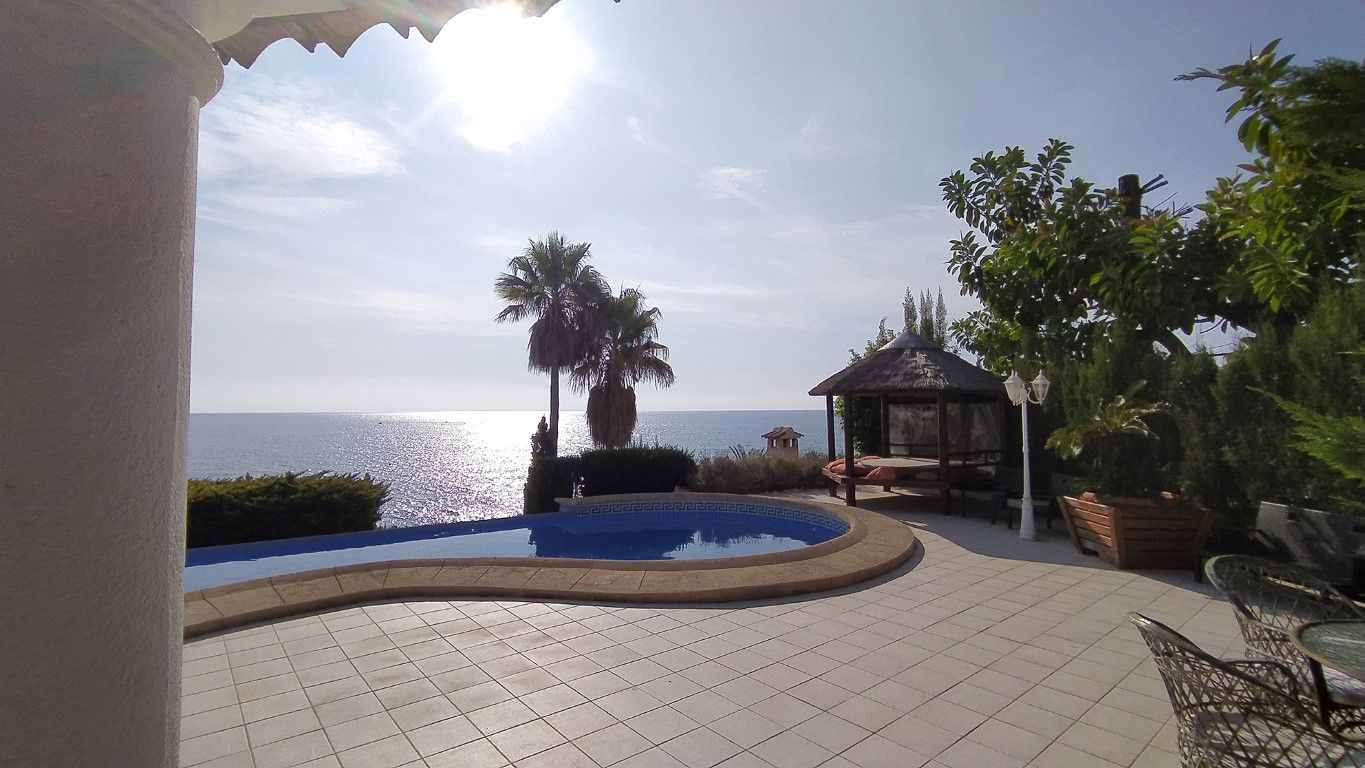 Villa in Benissa, Cala Advocat, for sale