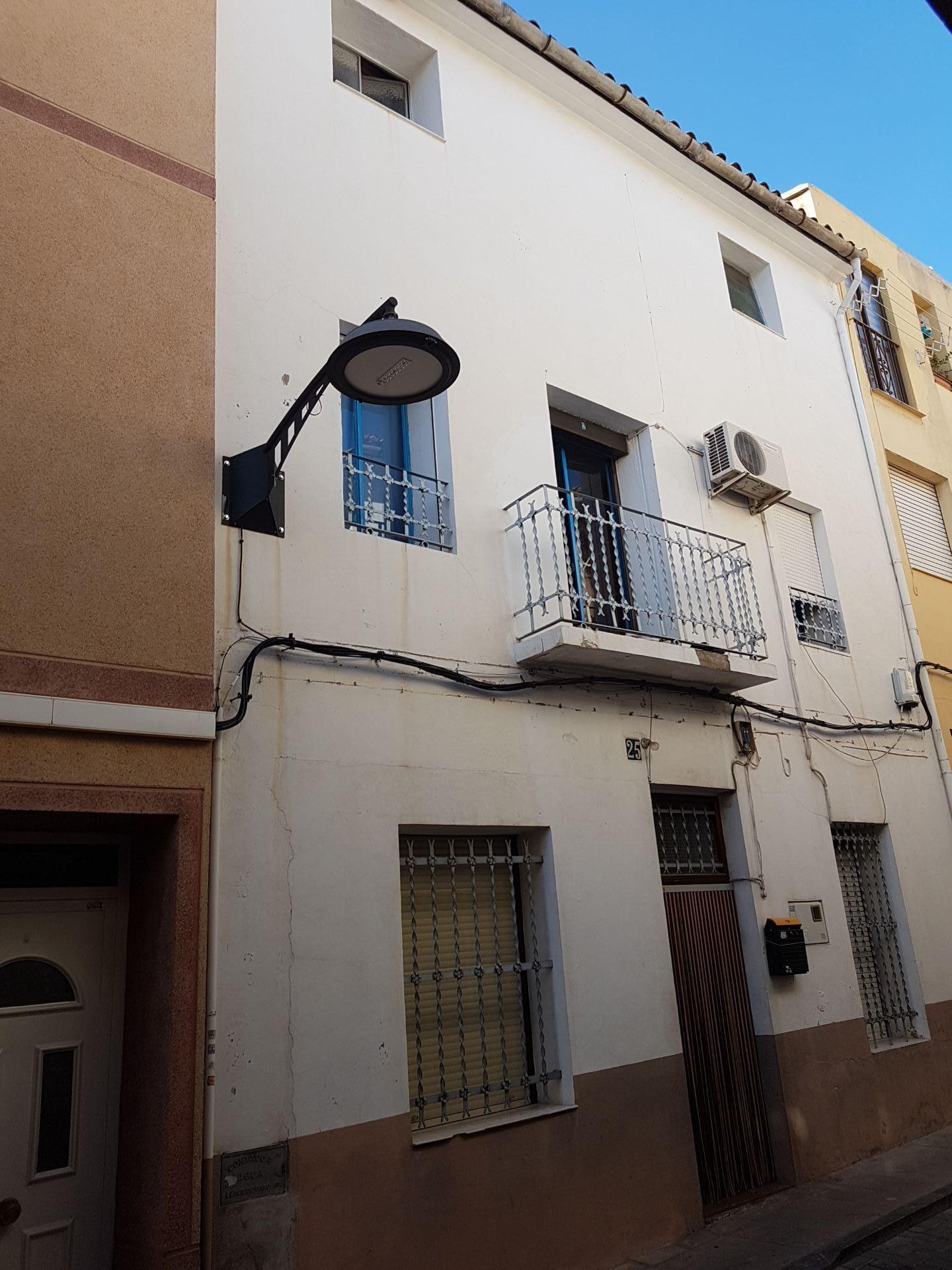 Casa de pueblo en Callosa d'En Sarrià, venta