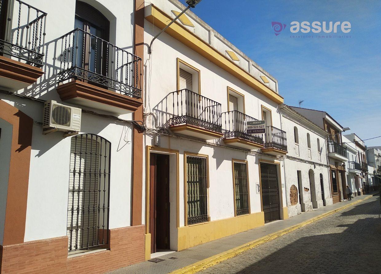 Casa adosada en San Juan del Puerto, Centro, venta