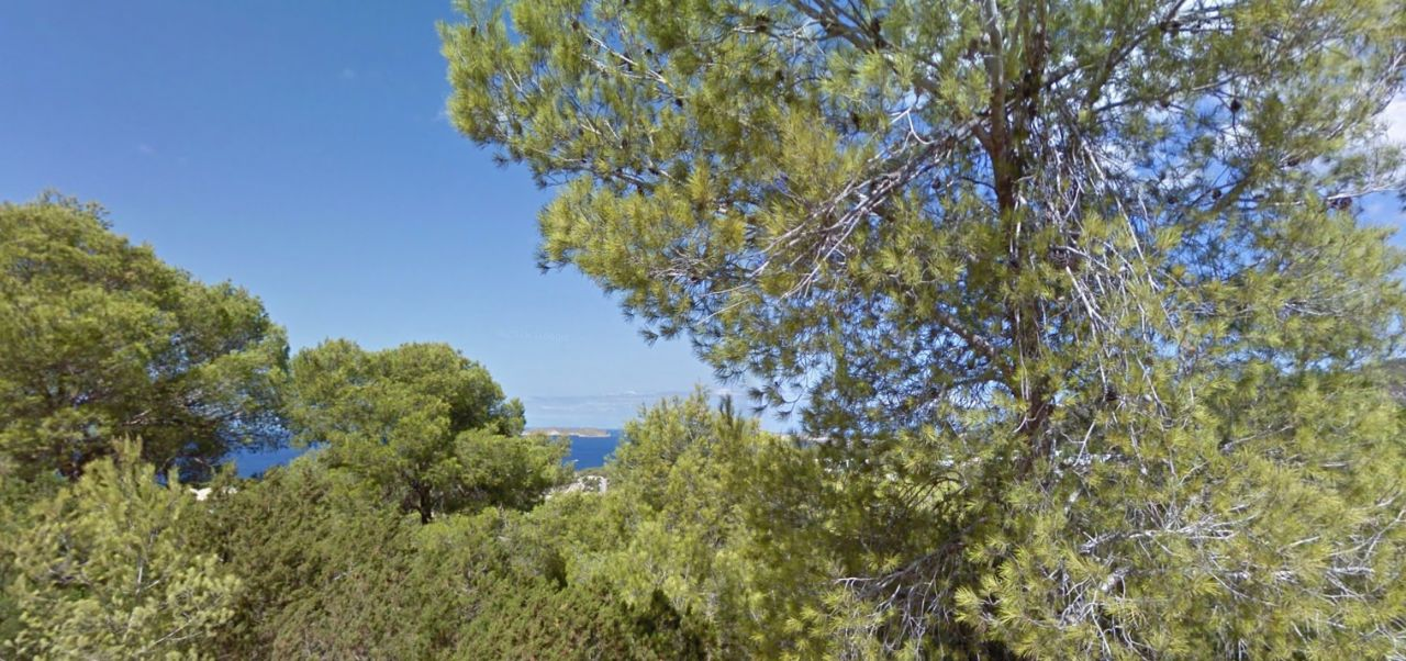 Участок в черте города в Ibiza, Cala Vadella, продажа