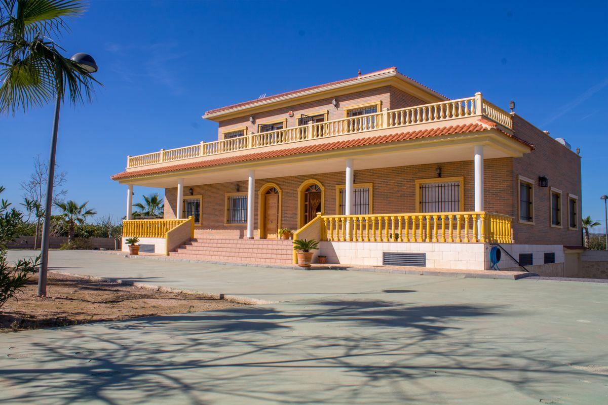 Villa en Montesinos, Los