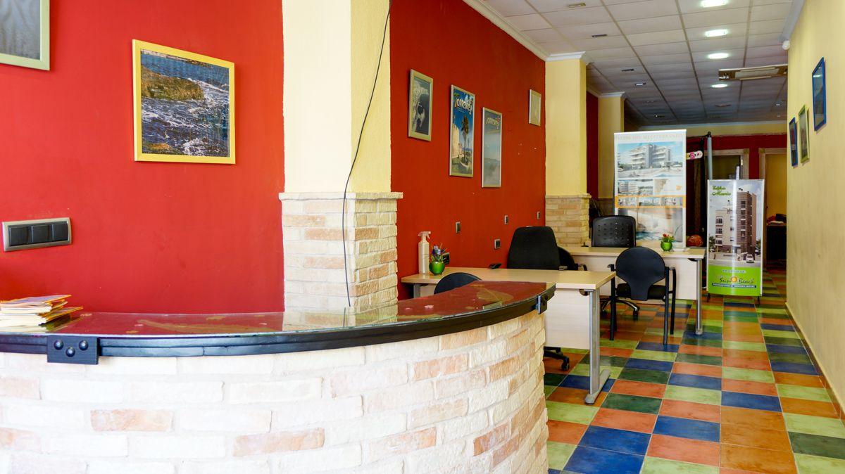 Local comercial en Torrevieja, Centro, venta