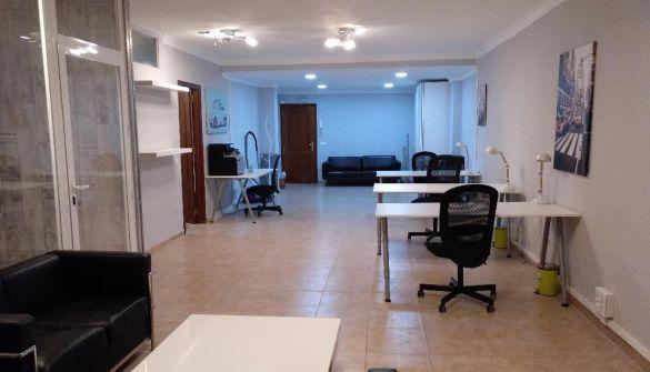Oficina en San Pedro de Alcántara de 2 habitaciones