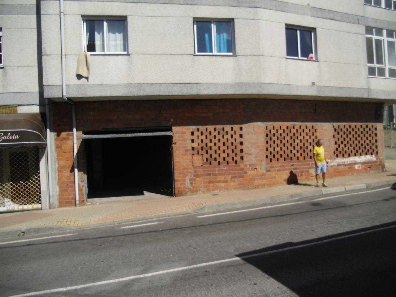 Local comercial en Finisterre, al lado dde don percebe, venta