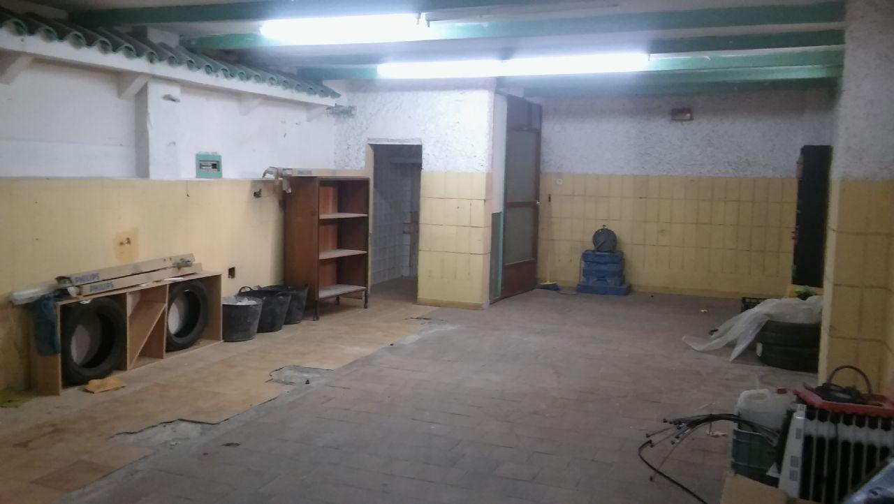 Local comercial en venta en Jaén zona Santa Isabel