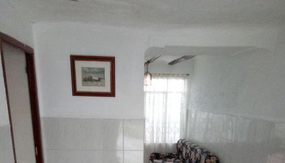 Casa adosada en Jaén de 6 habitaciones
