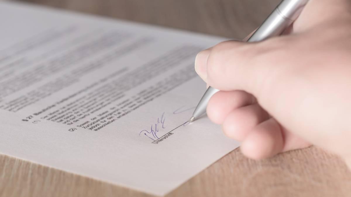 Contrato de arras: los tres cuestiones que debes saber antes de firmar la precompra de una casa