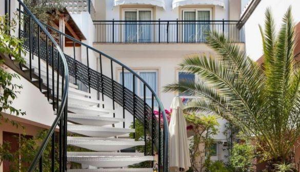 Hotel en Lloret De Mar de 71 habitaciones