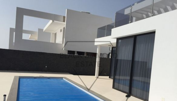 New Development of luxury villas in Tías