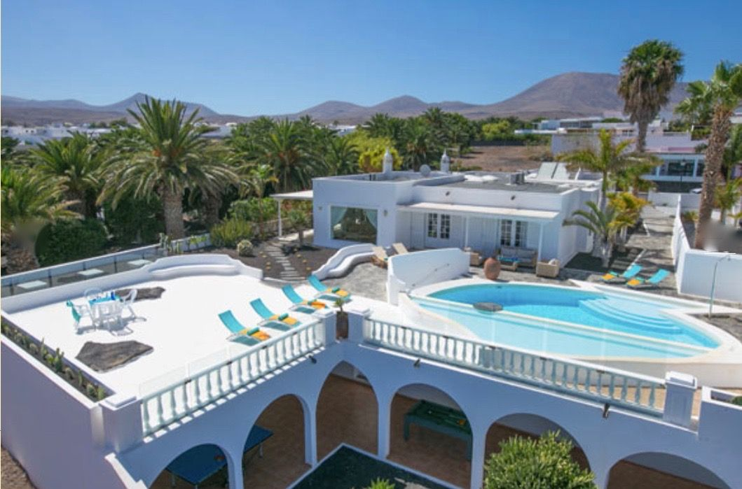 Luxury Villa in Yaiza, Puerto Calero, for sale