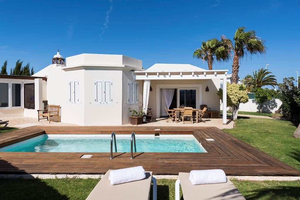 Luxury Villa in Tías, Puerto del Carmen, for sale