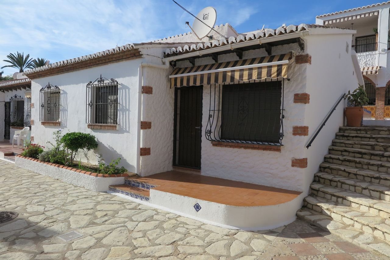 Bungalow in El Campello, for sale
