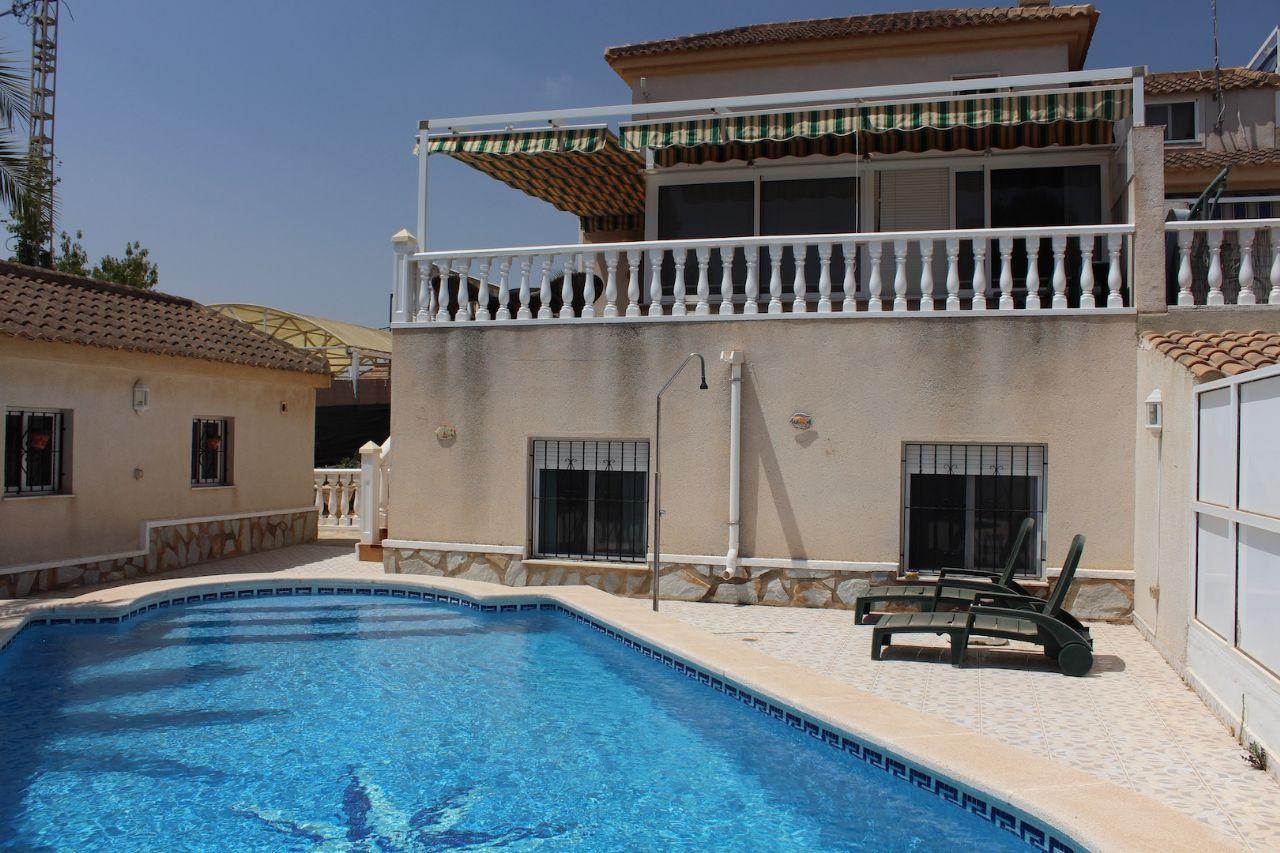 Terraced House in El Pinar de Campoverde, for sale