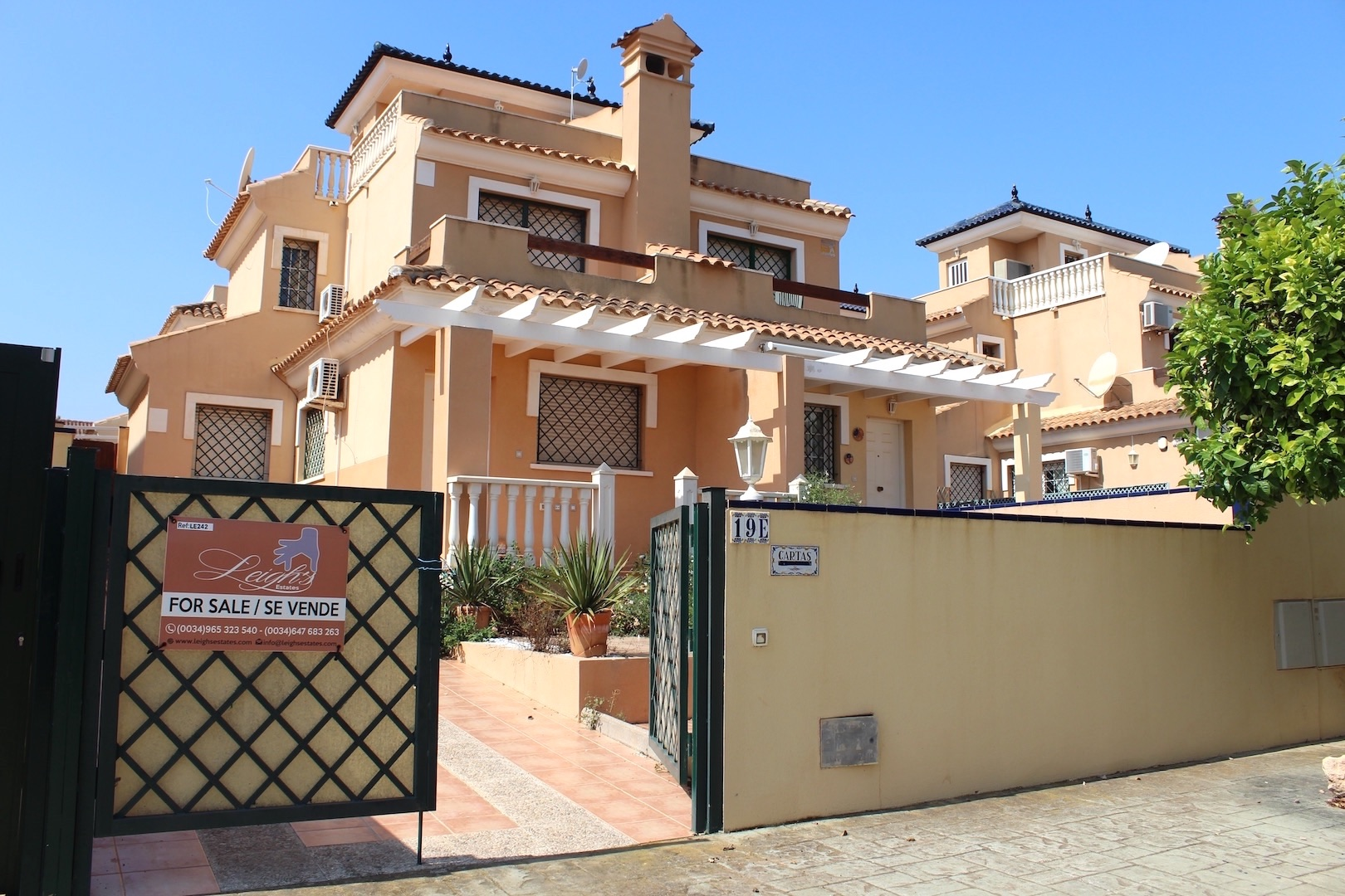 Town House in Mil Palmeras, for sale