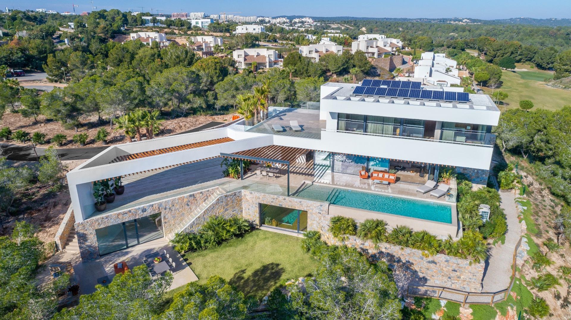 Luxury Villa in San Miguel de Salinas, Las Colinas Golf & Country Club, for sale