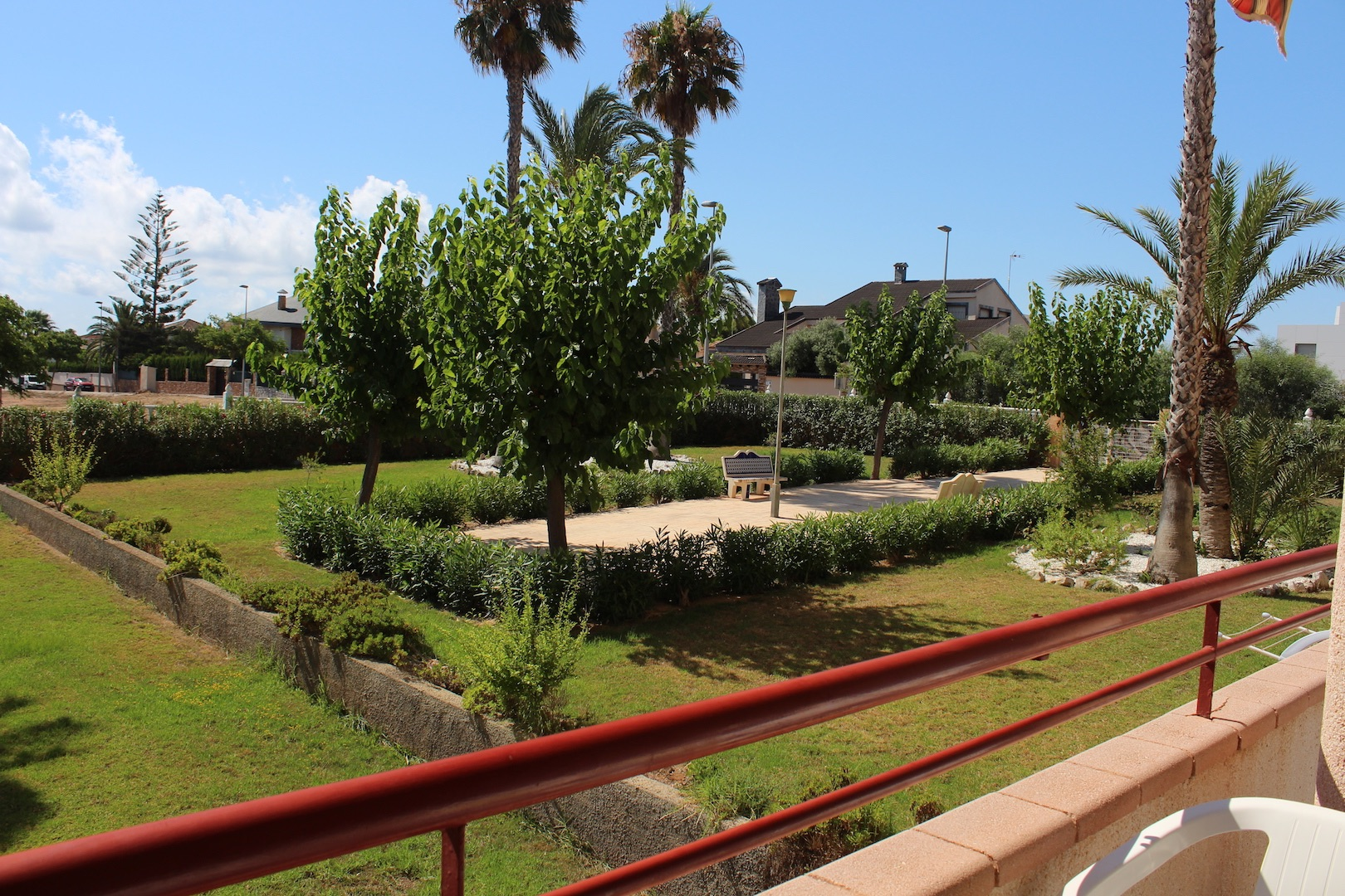 Apartment in Mil Palmeras, for sale
