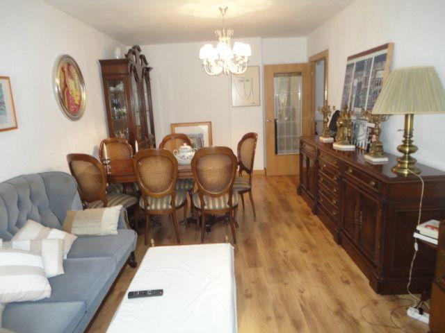Wohnung in Zaragoza, AVENIDA CAMINO LAS TORRES, miete