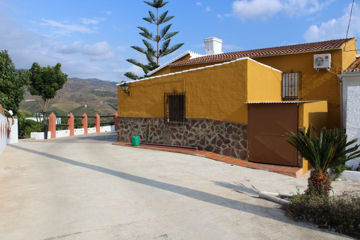 Casa de campo en Vélez-Málaga, Axarquía, venta