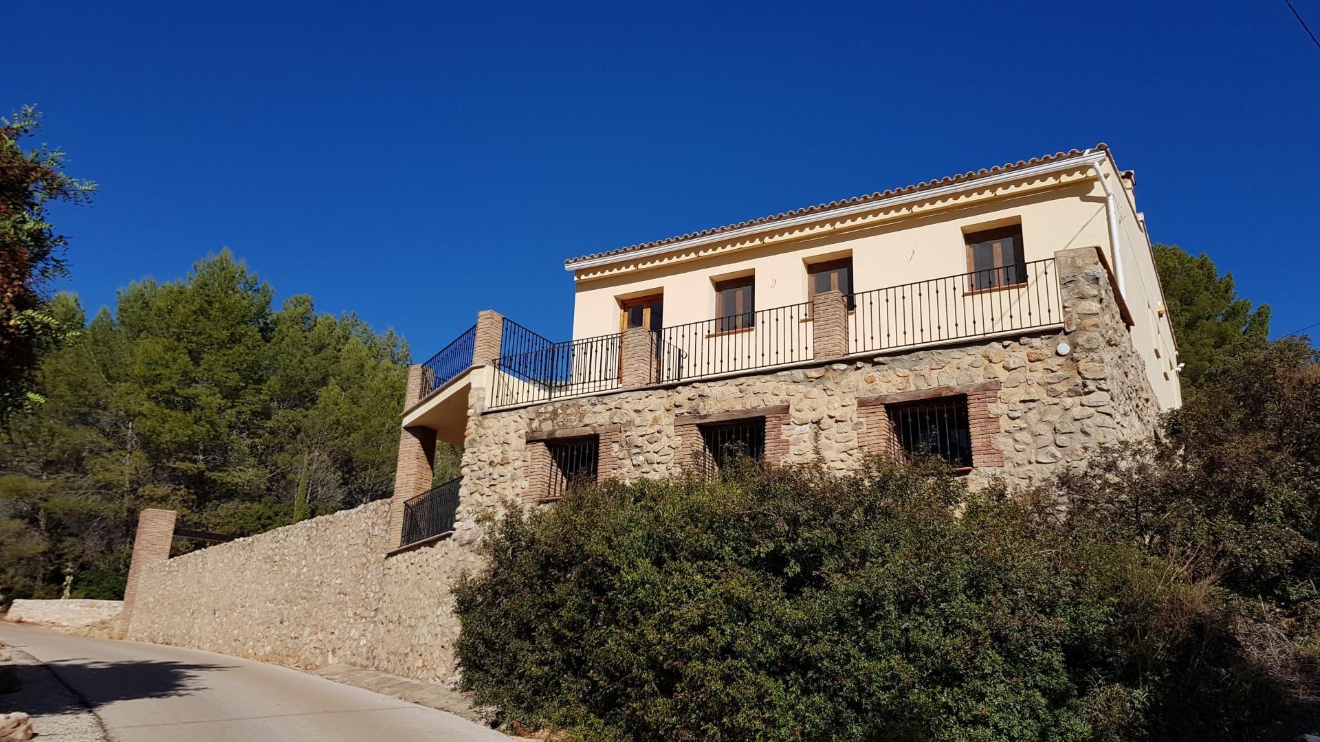 Villa in Jalón, for sale