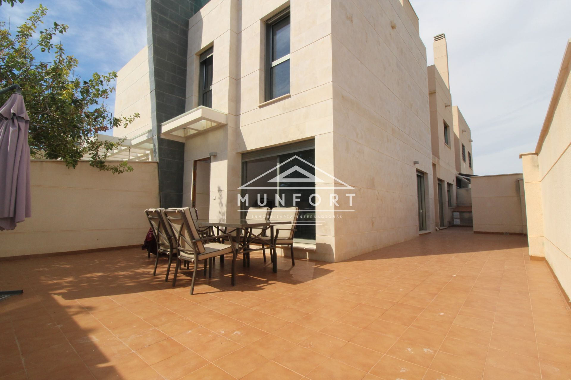 Casa adosada en Torre de la Horadada, Playa Las Higuericas, venta