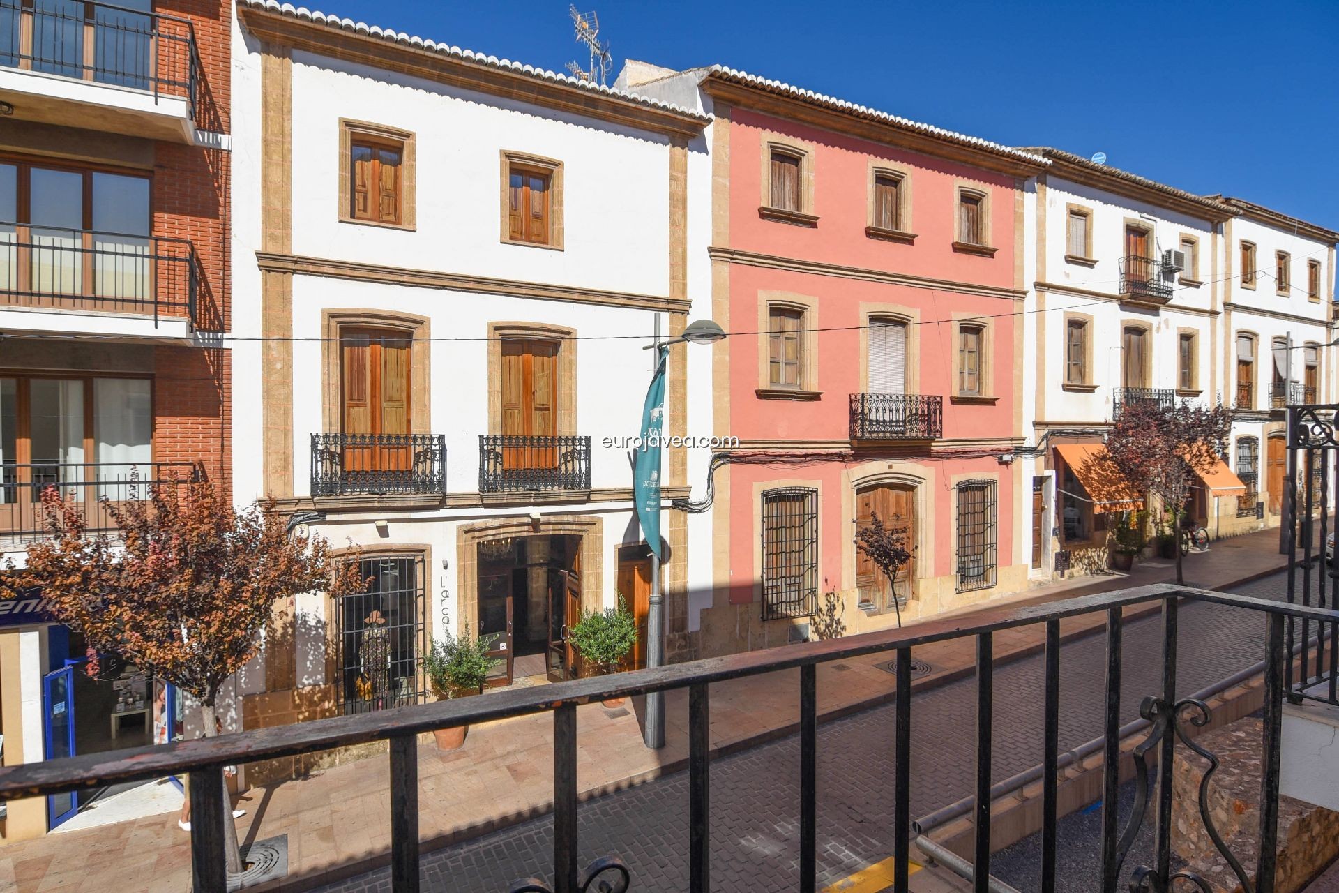 Charming houses in the town of Jávea.