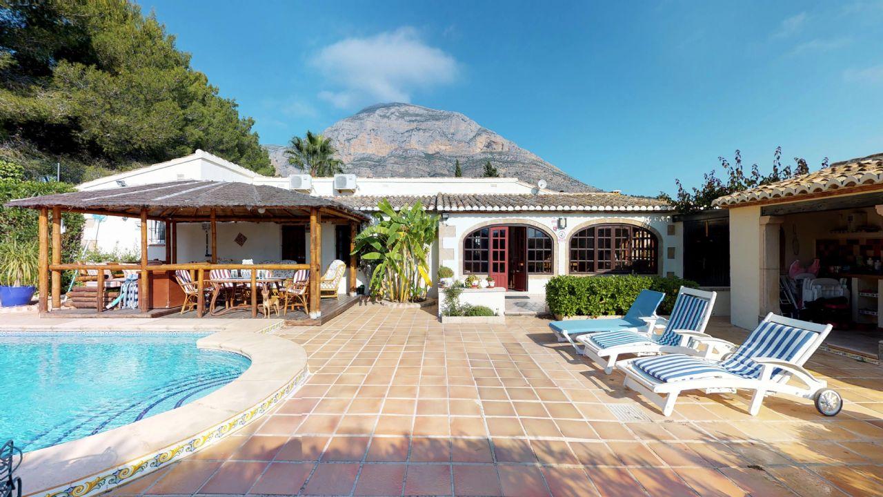 Villa à Jávea, Montgo, vente