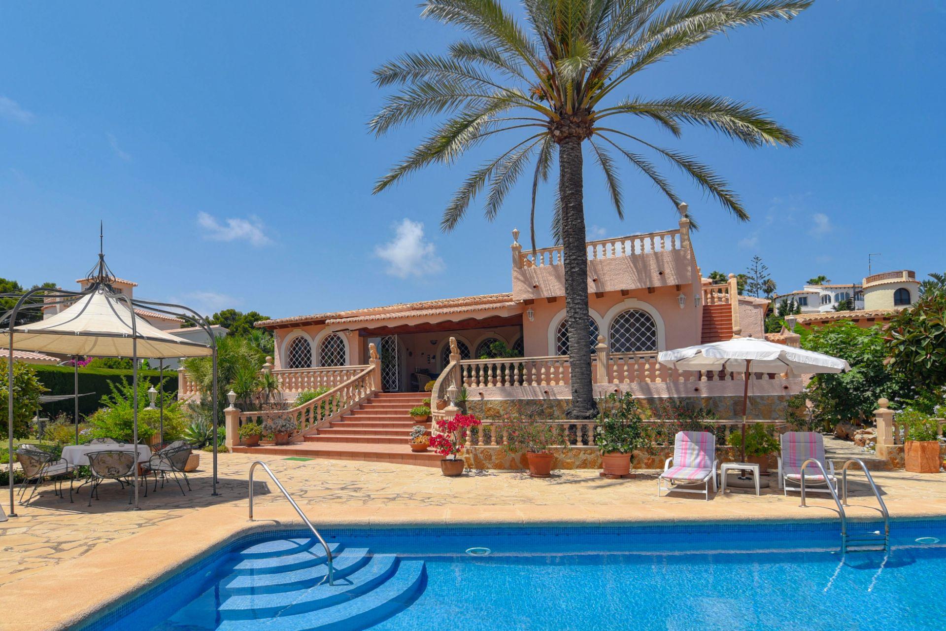 Villa in Jávea, Balcon al mar, te koop